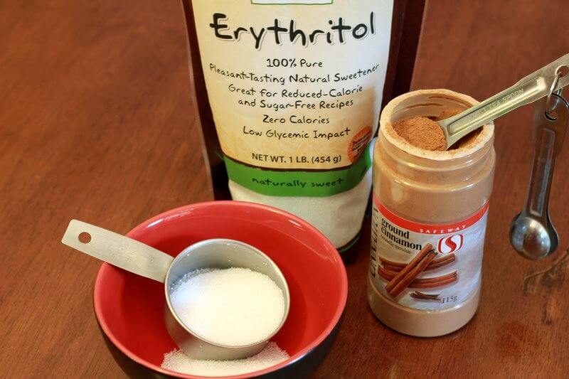 mix erythritol and cinnamon together in a small bowl