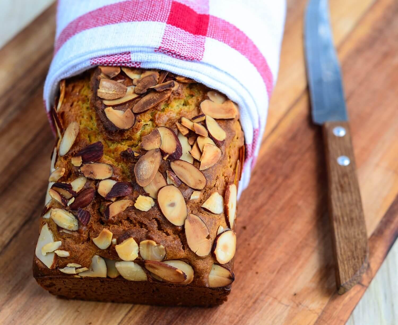 sugar-free-almond-cake-012