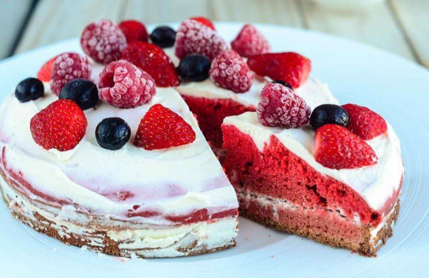 sugar-free-red-velvet-cake-014